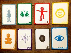 cards z 8 categories